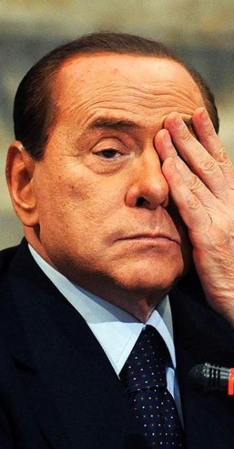 Berlusconi enfrenta uma série de julgamentos e luta por futuro político - Foto: Stringer | Agência Reuters