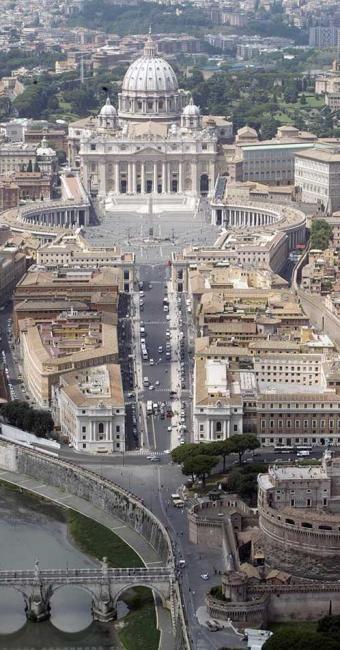 Vista da Catedral de São Pedro, em Roma - Foto: Agência Reuters