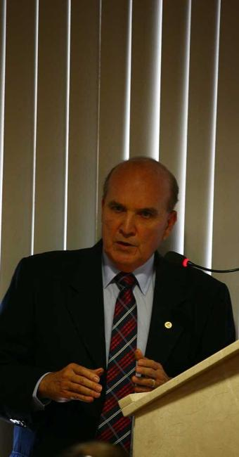 Paulo Maracajá faz discurso de posse como presidente do TCM - Foto: Fernando Amorim   Ag. A TARDE