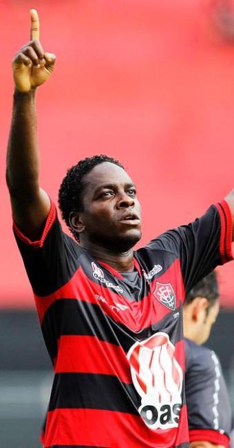 Em tarde inspirada, Nicácio marcou os três gols do triunfo do Leão - Foto: Eduardo Martins | Ag. A Tarde