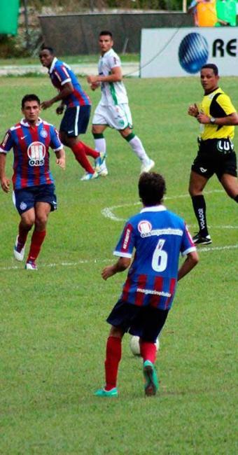 Tricolor encontra dificuldades contra líder da primeira fase, mas arranca um ponto em Conquista - Foto: Mário Bittencourt | Agência A TARDE