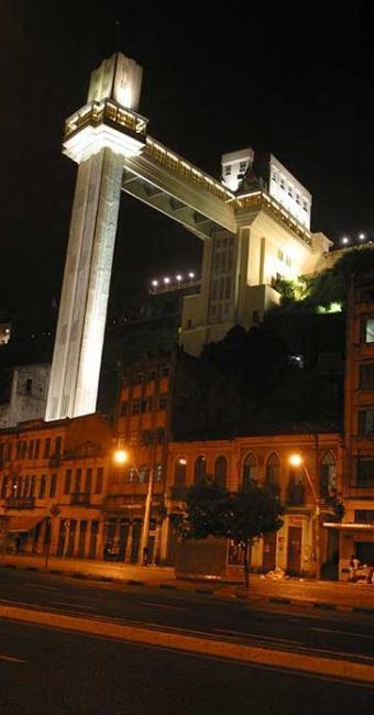 Elevador Lacerda será apagado para a Hora do Planeta - Foto: Fernando Vivas   Ag. A TARDE 19.06.2003