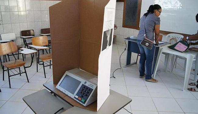 Seção eleitoral no Colégio Estadual Luiz Rogério de Souza, maior local de votação de Camamu (BA) - Foto: TRE | Divulgação