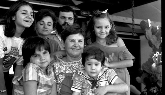 Zélia Gattai Amado, Paloma, João e filhos - Foto: FCJA | Divulgação
