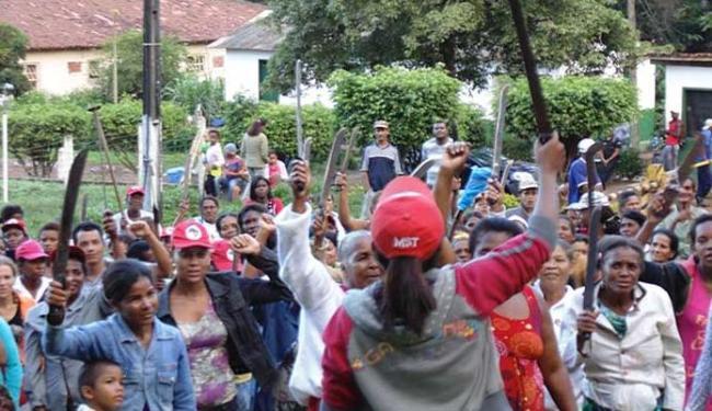Mulheres do MST durante ocupação da fazenda em Camamu - Foto: Divulgação I MST