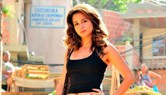 Apesar de Salve Jorge estar mal na audiência, a Playboy ainda deseja Nanda Costa - Foto: Divulgação