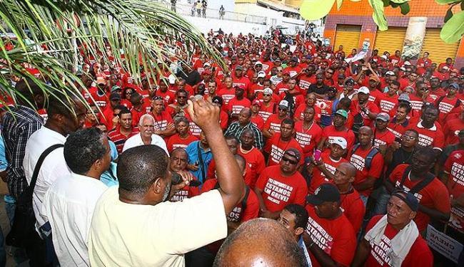 Sindicato garante que trabalhadores retornam ao trabalho nesta sexta-feira - Foto: Fernando Amorim   Ag. A TARDE