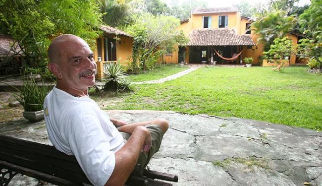 Dono de pousada, Antônio Carlos Pereira diz que faltaram investimentos para desenvolver a ilha - Foto: Fernando Amorim | Ag. A TARDE
