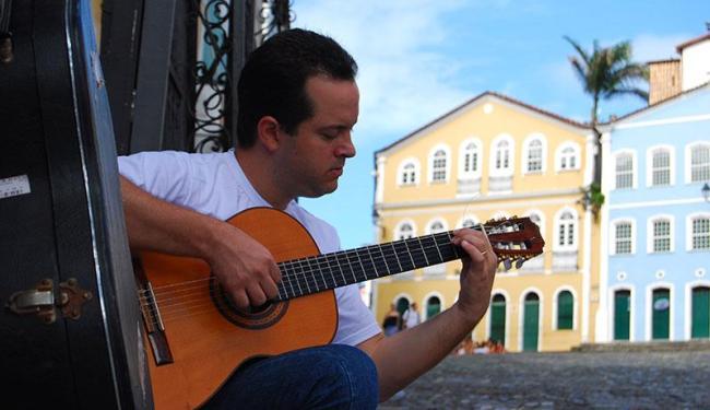Rodrigo Moraes reúne no disco 14 faixas autorais sobre a cidade - Foto: Oscar Lepikson | Divulgação