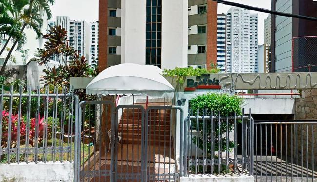 Condomínio fica localizado na Rua Santa Rita de Cássia - Foto: Reprodução   Google Street View