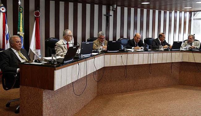 Tribunal manteve determinação de representar ao MP e cobrar multa no valor de R$ 36 mil - Foto: Lúcio Távora   Ag. A TARDE