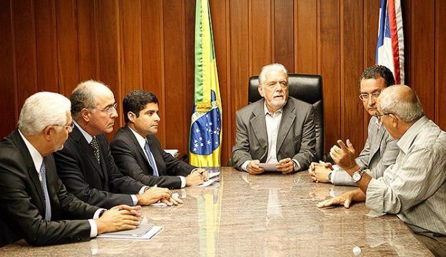 A reunião sobre a mobilidade foi comandada pelo governador Jaques Wagner e pelo prefeito ACM Neto - Foto: Eduardo Martins   Ag. A TARDE