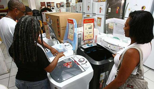 Grandes redes de eletrodomésticos investem no comércio de bairro - Foto: Fernando Amorim   Ag. A TARDE