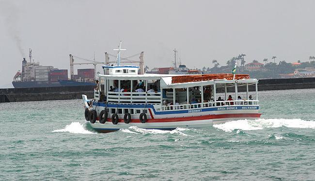 Oito embarcações estão em tráfego, com horários a cada 30 minutos - Foto: Aresrtides Baptista | Ag. A TARDE