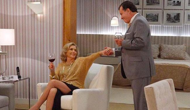 Charlô convence Dominguinhos a voltar para a mansão - Foto: Reprodução | TV Globo
