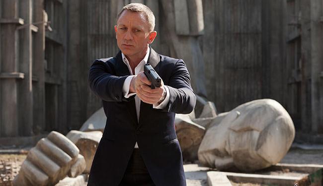 Ator Daniel Craig já assinou contrato para mais dois filmes no papel principal - Foto: Divulgação