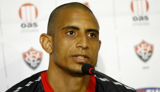 Zagueiro diz estar feliz no clube e quer cumprir seu contrato - Foto: Margarida Neide / AG. A TARDE