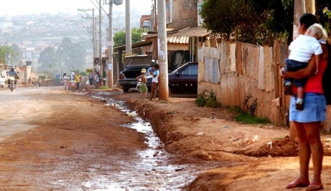 Falta de saneamento básico prejudica a saúde infantil - Foto: Agência Brasil