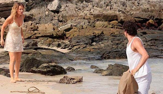 Bandidos levaram o casal para uma ilha deserta - Foto: Reprodução   TV Globo