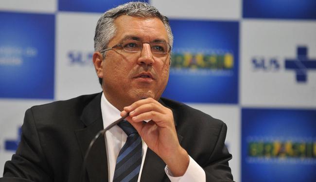 O secretário Jarbas Barbosa diz que a ação contemplará as pessoas mais vulneráveis à doença - Foto: Fábio Rodrigues | ABR