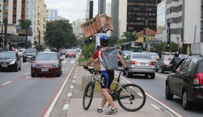 Local onde ciclista foi atropelado e teve o braço amputado na Paulista - Foto: Alex Silva | Estadão Conteúdo