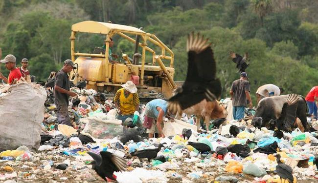 Lixão em Itabuna-BA - Segundo pesquisa, o problema é mais grave na Região Nordeste - Foto: Joá Souza | Ag. A TARDE