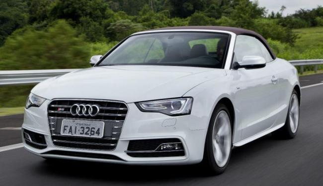 15 segundos é o tempo para abrir a capota elétrica do Audi S5 Cabriolet - Foto: Divulgação