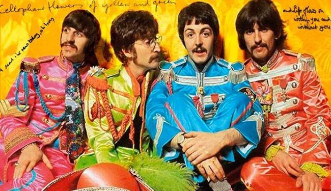 Sgt. Pepper's Lonely Hearts Club Band estava com a capa autografada - Foto: Divulgação