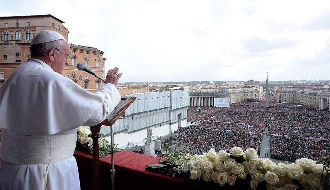 Em mensagem de Páscoa, Papa Francisco também pediu a paz entre israelenses e palestinos - Foto: Reuters