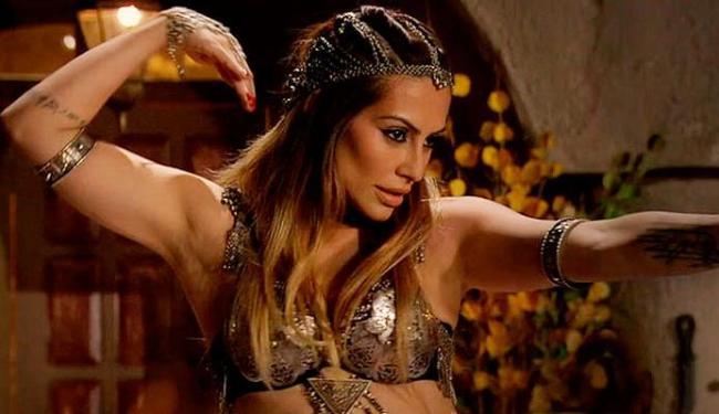 Será que Zyah vai resistir à Bianca caprichando na dança do ventre? - Foto: Divulgação