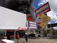 Estrutura do prédio incendiado foi comprometida