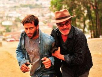 Cassiano e Duque conseguem fugir - Foto: João MIguel Júnior | TV Globo