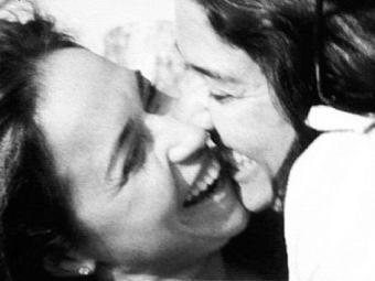 Relacionamento homoafetivo da rainha da axé toma conta das redes sociais e dos sites de celebridades - Foto: Reprodução | Instagram