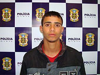 Carlos é suspeito de mais de cinco homicídios no município baiano de Vitória da Conquista - Foto: Polícia Civil | Divulgação