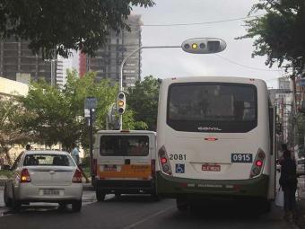 Sinaleiras com defeito atrapalham trânsito - Foto: Edilson Lima   Ag. A TARDE