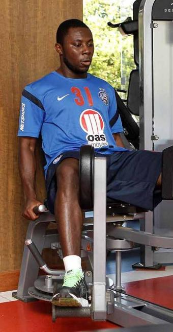 Enquanto aguarda por regularização, Freddy Adu segue rotina de treinamentos no Bahia - Foto: Eduardo Martins   Agência A TARDE