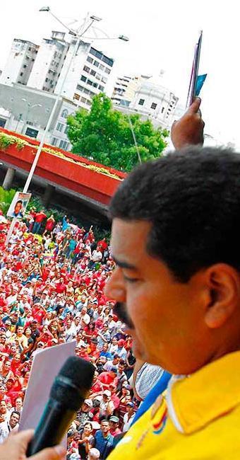 Maduro prometeu levar adiante o legado de Chavez - Foto: Agência Reuters