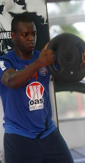 Após primeiro gol, Zé Roberto melhora o seu desempenho e entra na briga por titularidade - Foto: Eduardo Martins   Ag. A TARDE