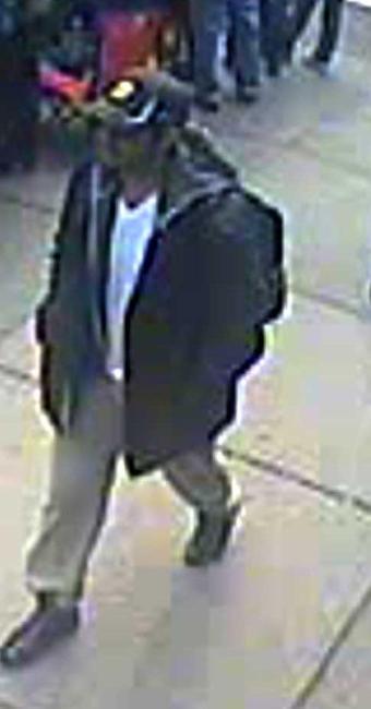 Imagens do suspeito foram divulgadas nesta quinta-feira - Foto: FBI   Divulgação
