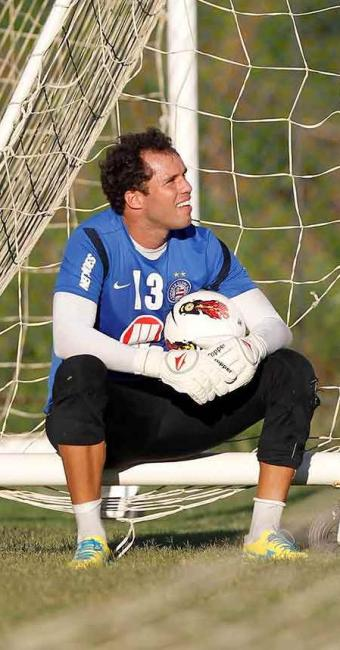 Recuperado de ferimento no olho, Marcelo Lomba reassume titularidade contra o Tremendão - Foto: Eduardo Martins | Ag. A TARDE