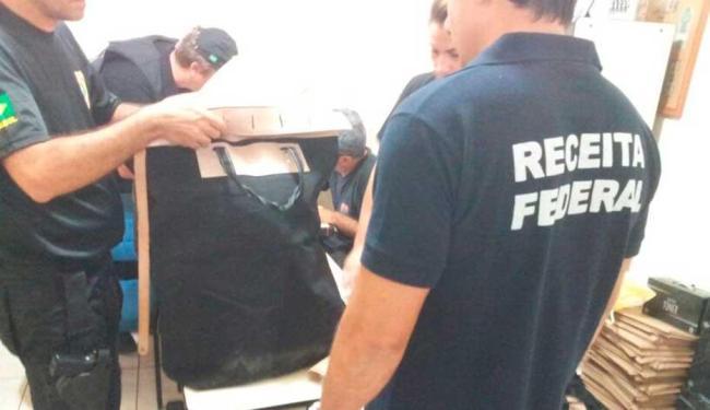 Operação conjunta cumpriu três mandados de busca e dois de prisão - Foto: Receita Federal   Divulgação