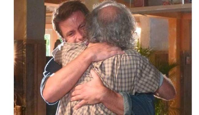 Chico e Cassiano se reencontram - Foto: Divulgação
