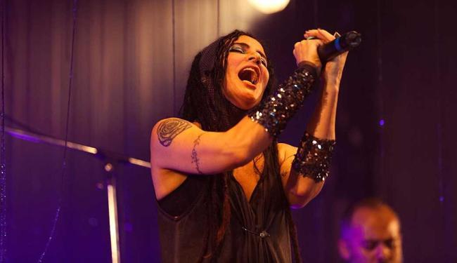 Em show, cantora pretende provocar múltiplas sensações - Foto: Tiago Lima | Divulgação