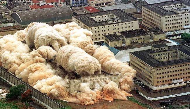 Complexo do Carandiru foi demolido em 2002 - Foto: Angelo Perosa   Ag. Reuters