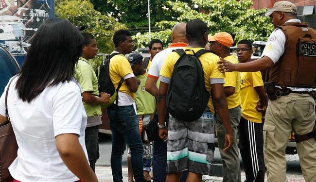 Trabalhadores reivindicam reabertura do estacionamento - Foto: Maira Azevedo | Ag. A TARDE
