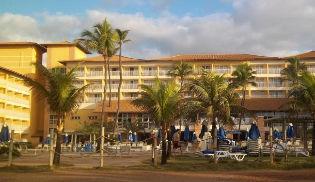 Telhado da recepção do hotel desabou - Foto: Reprodução   Vinícius S. Santos