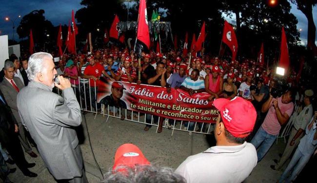 Manifestantes foram atendidos por Wagner no Centro Administrativo da Bahia - Foto: Manu Dias   Secretaria de Comunicação