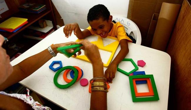 Sala de aulla da AMA (Associação do Amigo do Autista), em Salvador - Foto: Fernando Vivas | Ag. A TARDE