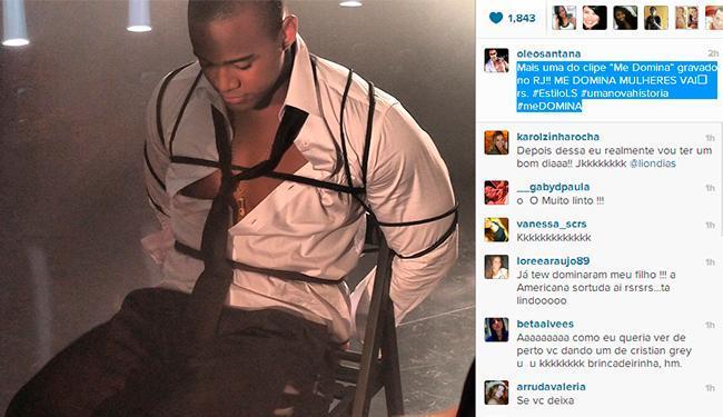 Cantor aparece amarrado em uma cadeira em novo clipe - Foto: Reprodução | Instagram
