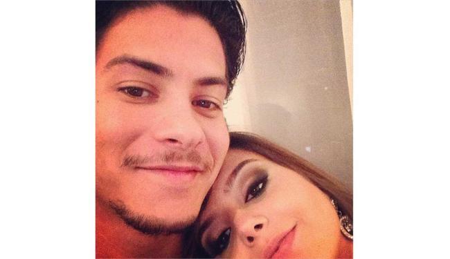 Ator posta foto com a amada em seu perfil do Instagram - Foto: Reprodução | Instagram